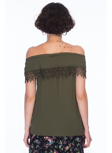 Cottonmood 8259457 Şile Bezi Madonna Yaka Güpürlü Bluz Siyah Haki